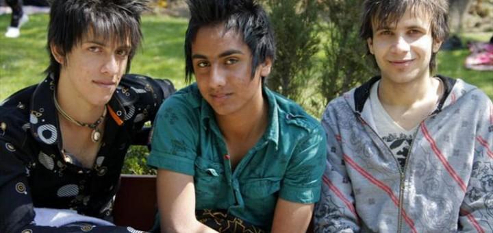 Sellised soengud on Iraanis keelatud, sest need pidavat peegeldama homoseksuaalsust või satanismi.